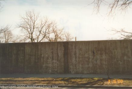 Oak Woods Cemetery Wall - Jody Page - March 2000