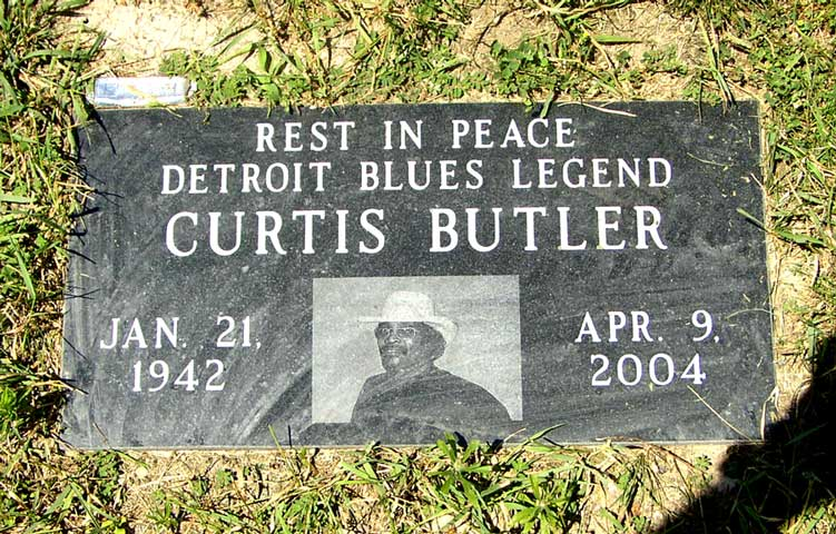 Sunset Hills Cemetery - Detroit Blues Society - June 2007
